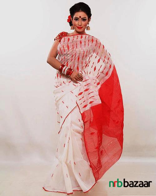 Bengali-Womens-Traditional-Jamdani-Saree-Price-Online-in-Bangladesh